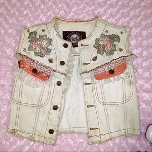 Vtg 90s l.e.i denim cropped Jeweled Heart Vest